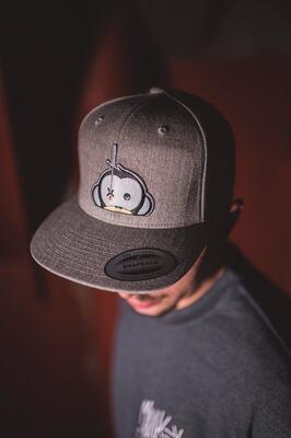 Monkey Climber kšiltovka Logo Patch Snapback Grey - 1