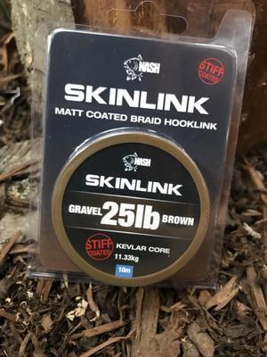 Nash ztužená šňůrka SkinLink Semistiff - 4